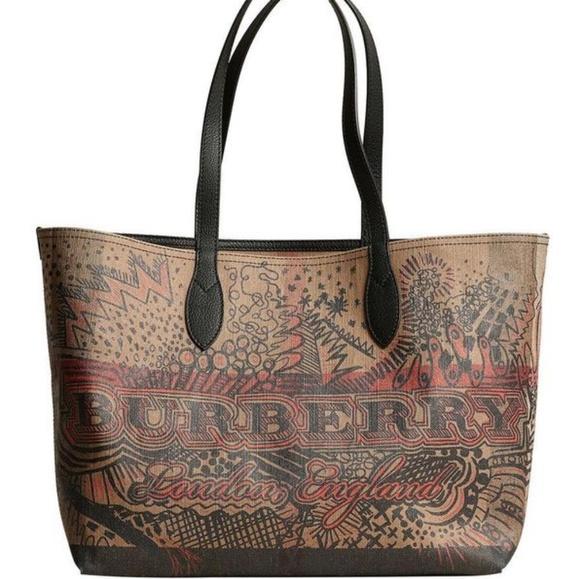 Burberry Handbags - Burberry Reversible Doodle Tote